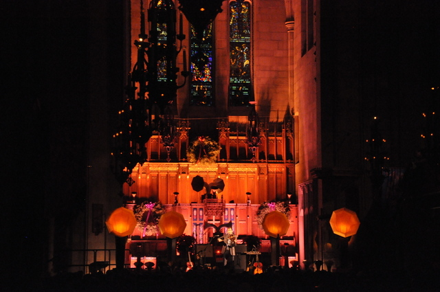 Review / Photos: Andrew Bird @ Fourth Presbyterian Church 12/10/13