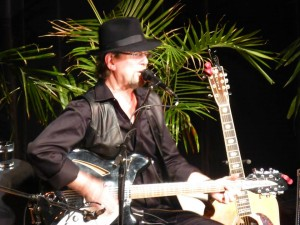Setlist / Video Playlist: Roger McGuinn @ Beverly Arts Center 5/3/14