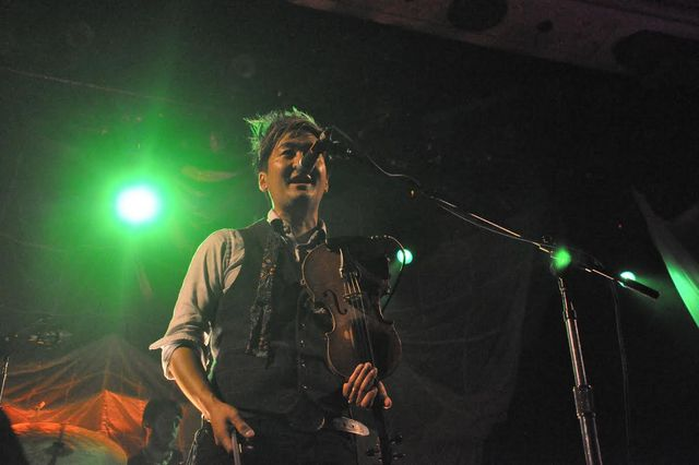Review / Setlist / Photos / Video: Kishi Bashi @ Metro 5/31/14