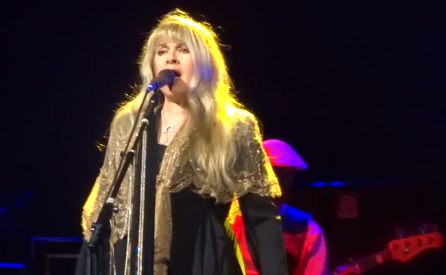 Setlist / Stream / Download / Videos: Fleetwood Mac @ United Center 10/2/14