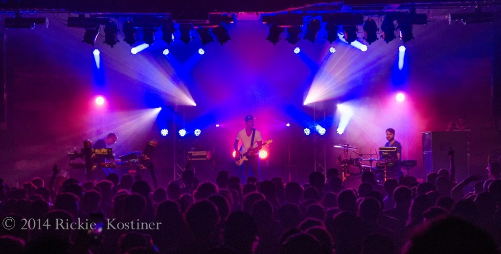 Photos: The New Deal @ Concord Music Hall 8/30/14