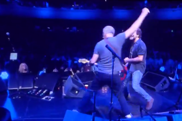 Setlist / Video | Pete Townshend, Eddie Vedder & Friends @ Rosemont Theater 5/14/15