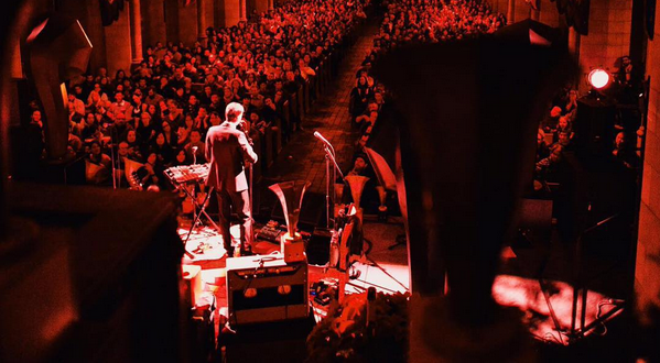 Review / Setlist | Andrew Bird Closes Gezelligheid Run @ Fourth Presbyterian 12/10/15