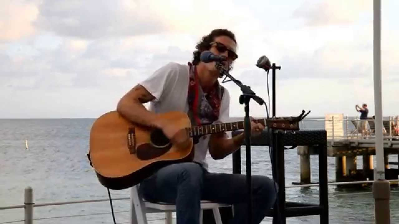 Preview & Ticket Giveaway | David Shaw of The Revivalists + Van Ghost Trio @ City Winery 3/30/16