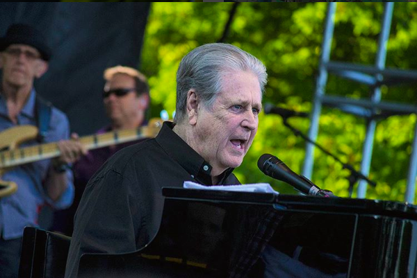 Review / Setlist / Videos | Brian Wilson Performs