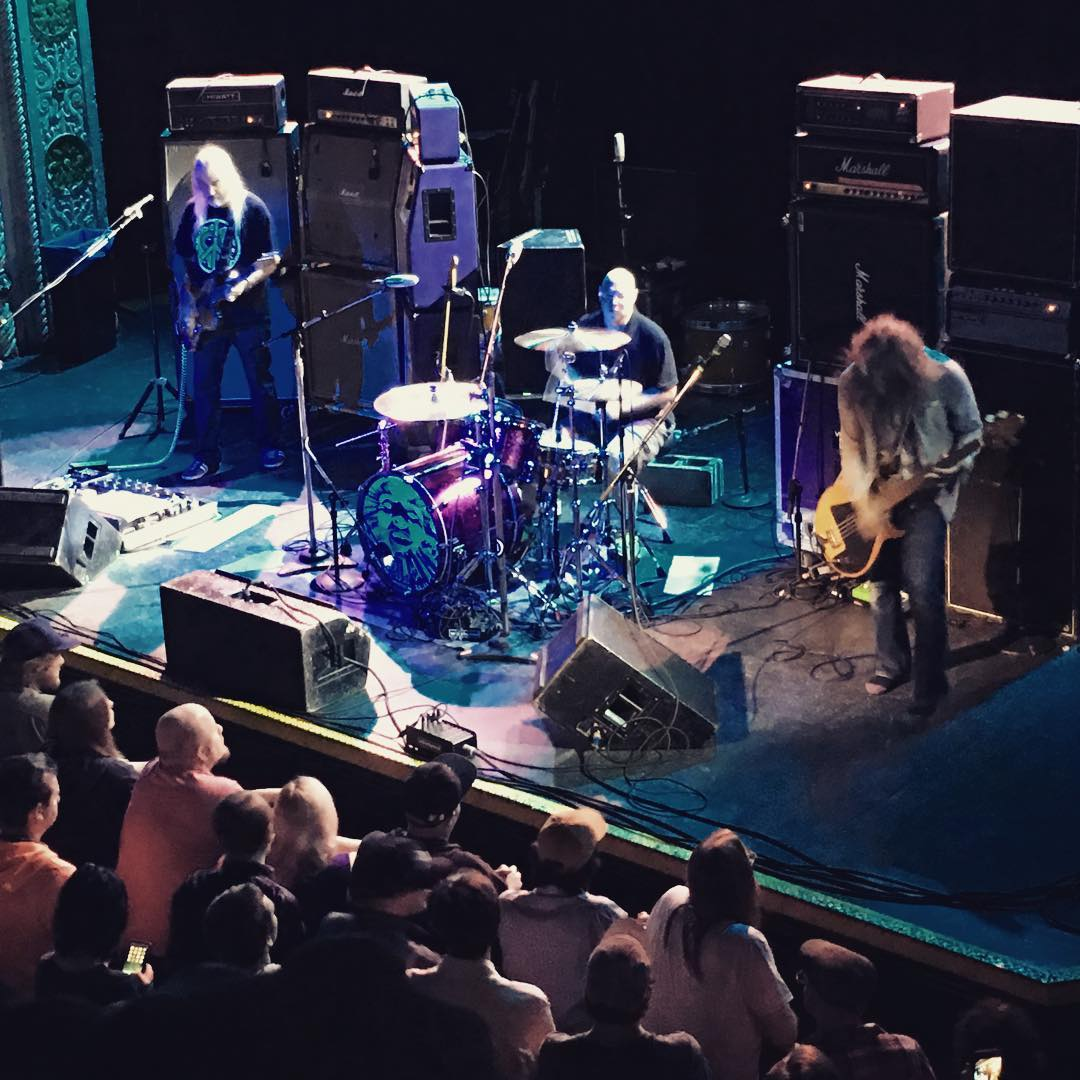 Review / Setlist / Videos | Dinosaur Jr. @ Metro 10/8/16