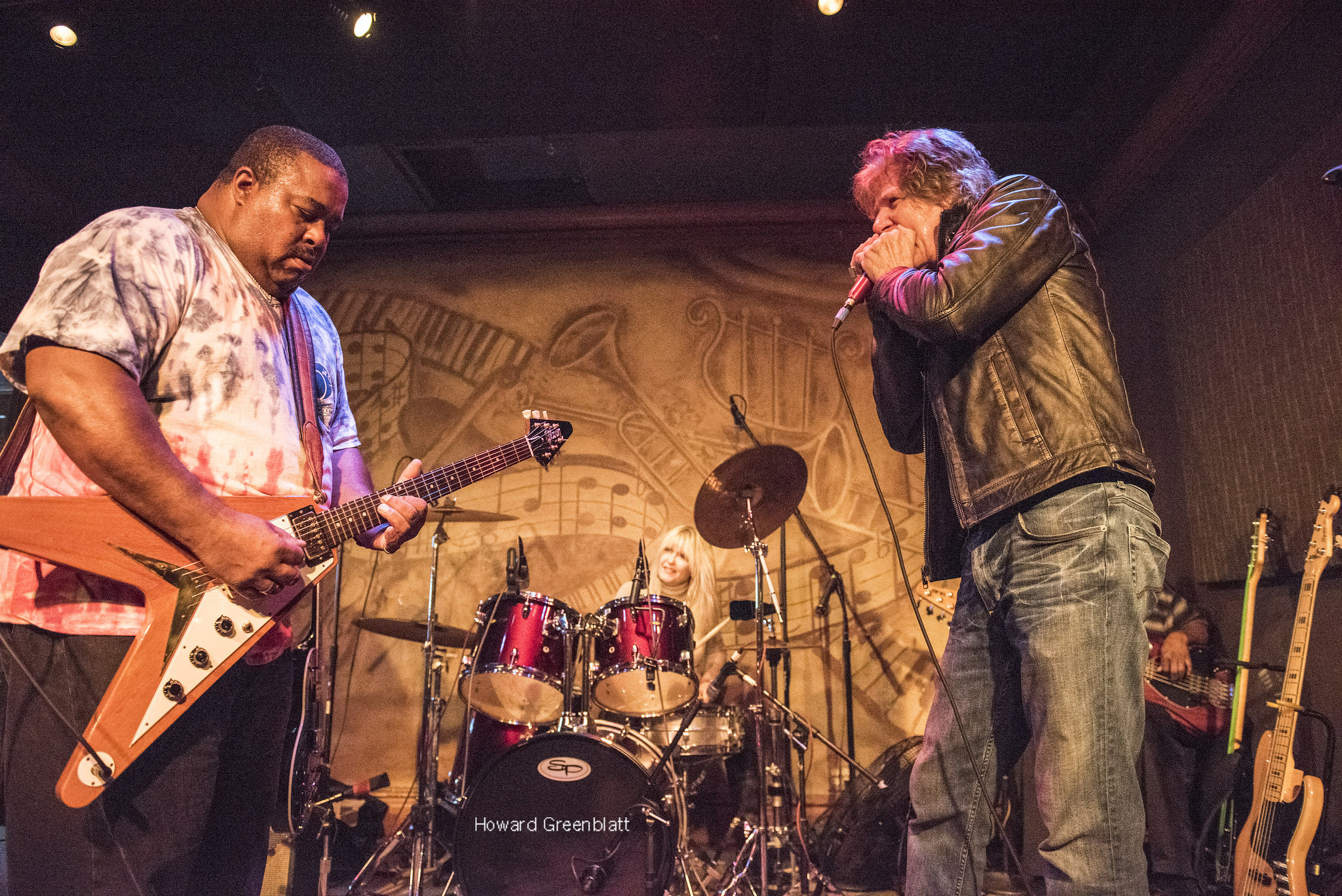 Larry McCray, Cubs Fuel Winning Spirit @ Fitzgerald's 11/1/16