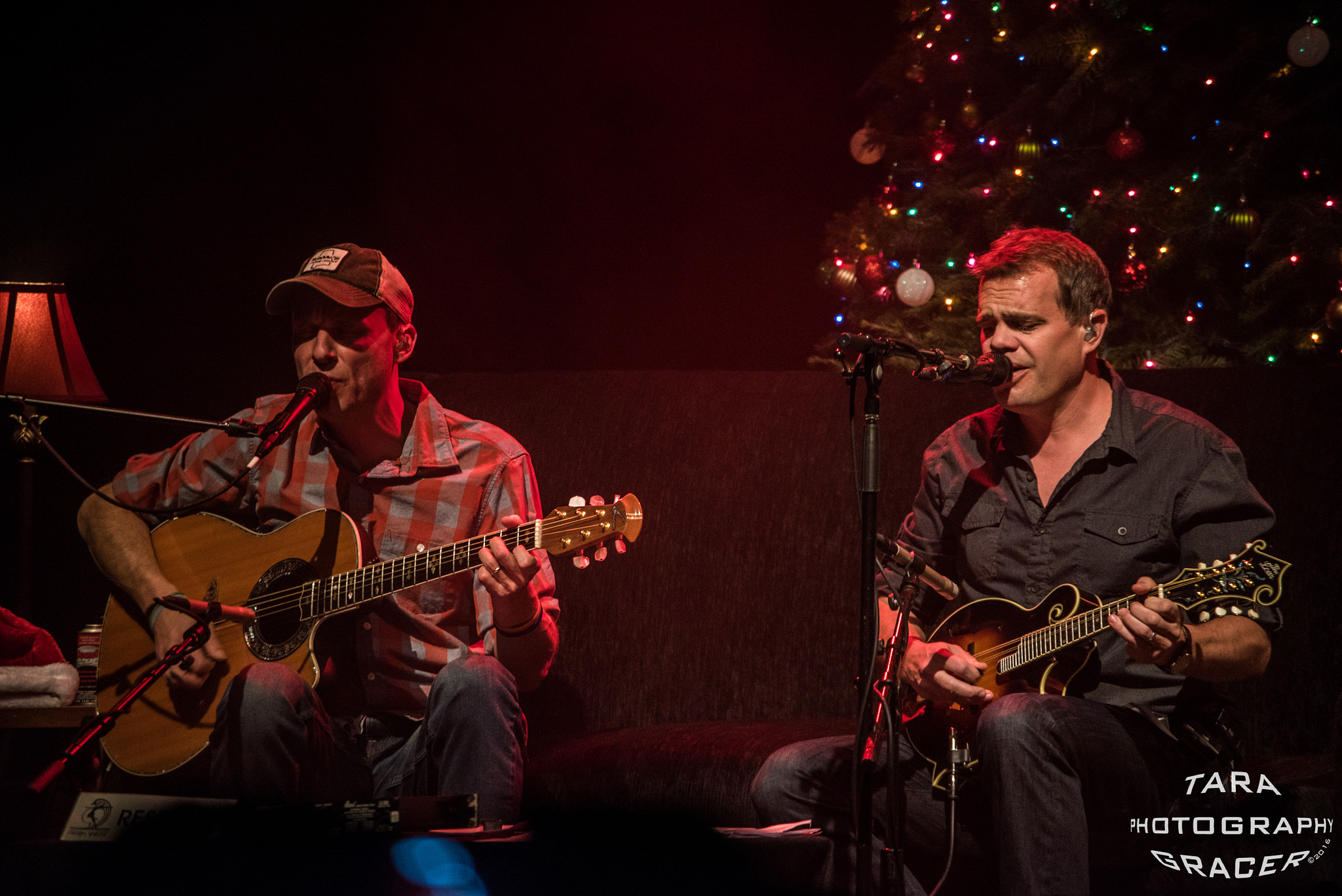 Review / Photos / Video | The Brendan & Jake Holiday Show @ Park West 12/10/16