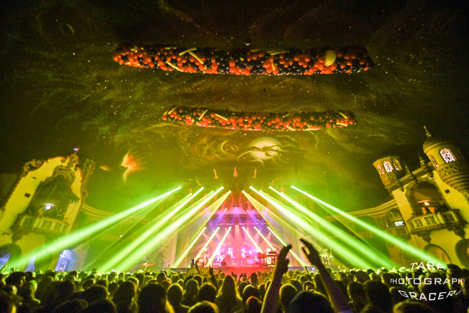 Setlist / Recap / Photos / Video | Umphrey's McGee @ The Aragon 12/30/16