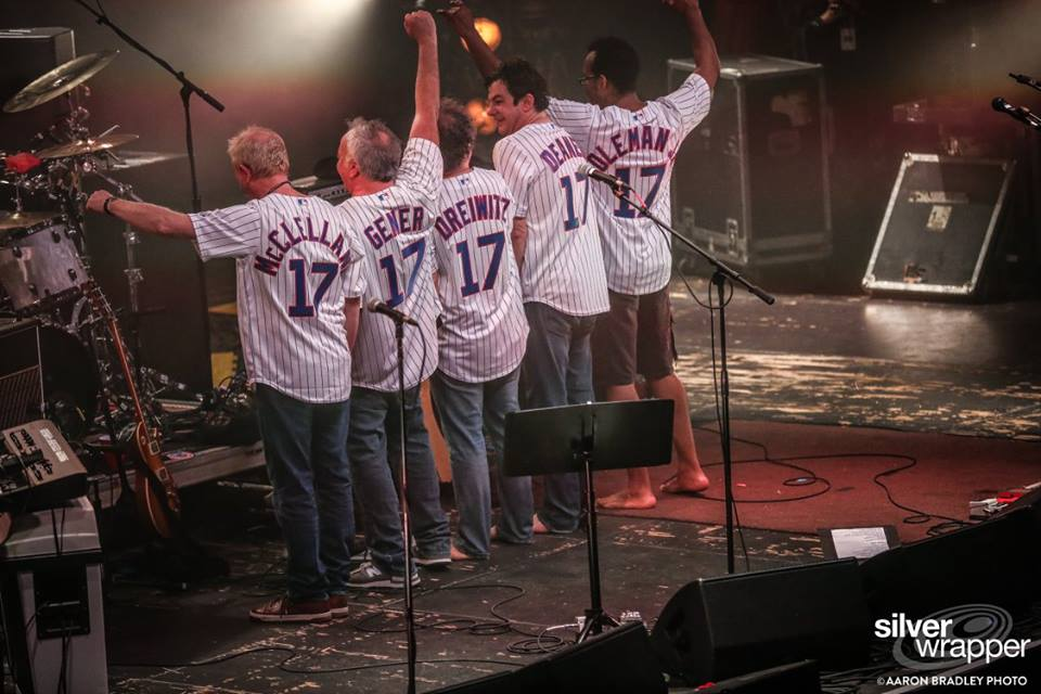 Ween Concludes Chicago Run With Rarities, Acoustic Mini-set, Cubs Jerseys [Setlist / Video]