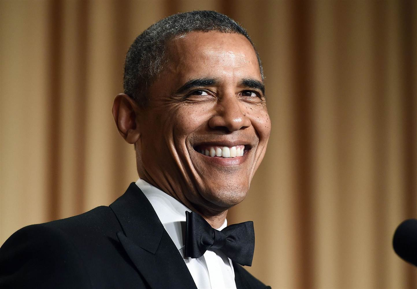 "Obama's ""Hometown"" Playlist Includes JC Brooks, Chance The Rapper, Tom Waits and More"
