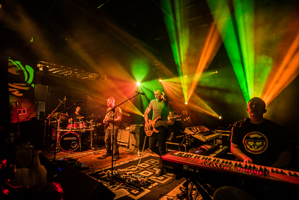 REVIEW / PHOTOS | Spafford & Mungion at Bottom Lounge 4/8/17