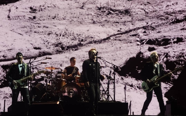 Review / Videos / Full Show Audio | U2 @ Soldier Field 6/3/17 & 6/4/17