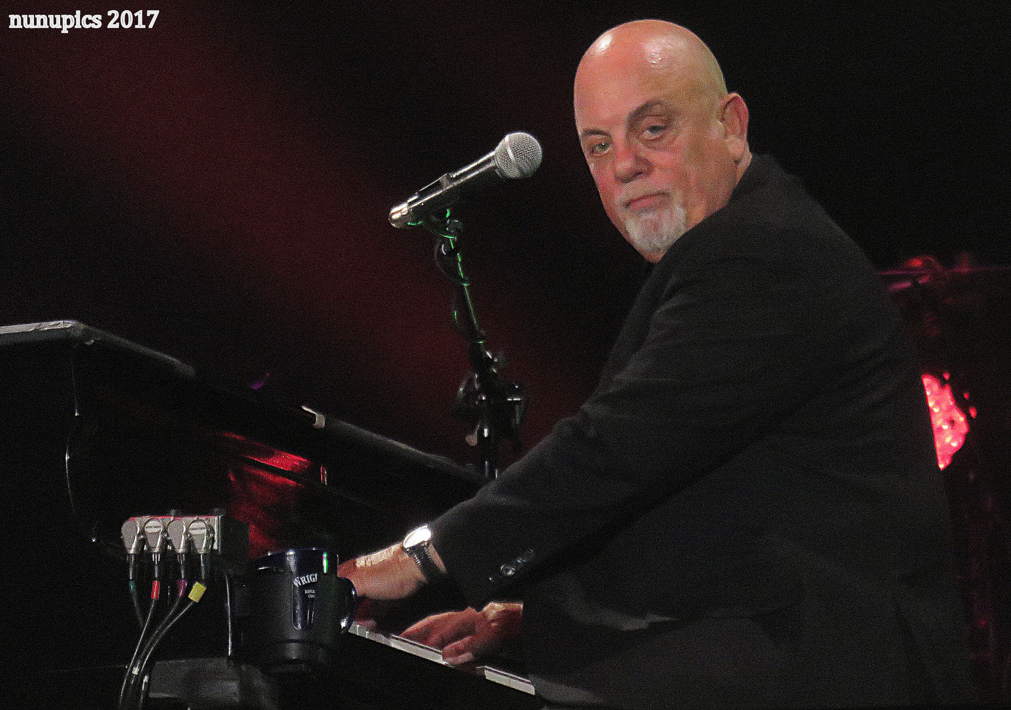 Photos / Video / Setlist | Billy Joel @ Wrigley Field 8/11/17