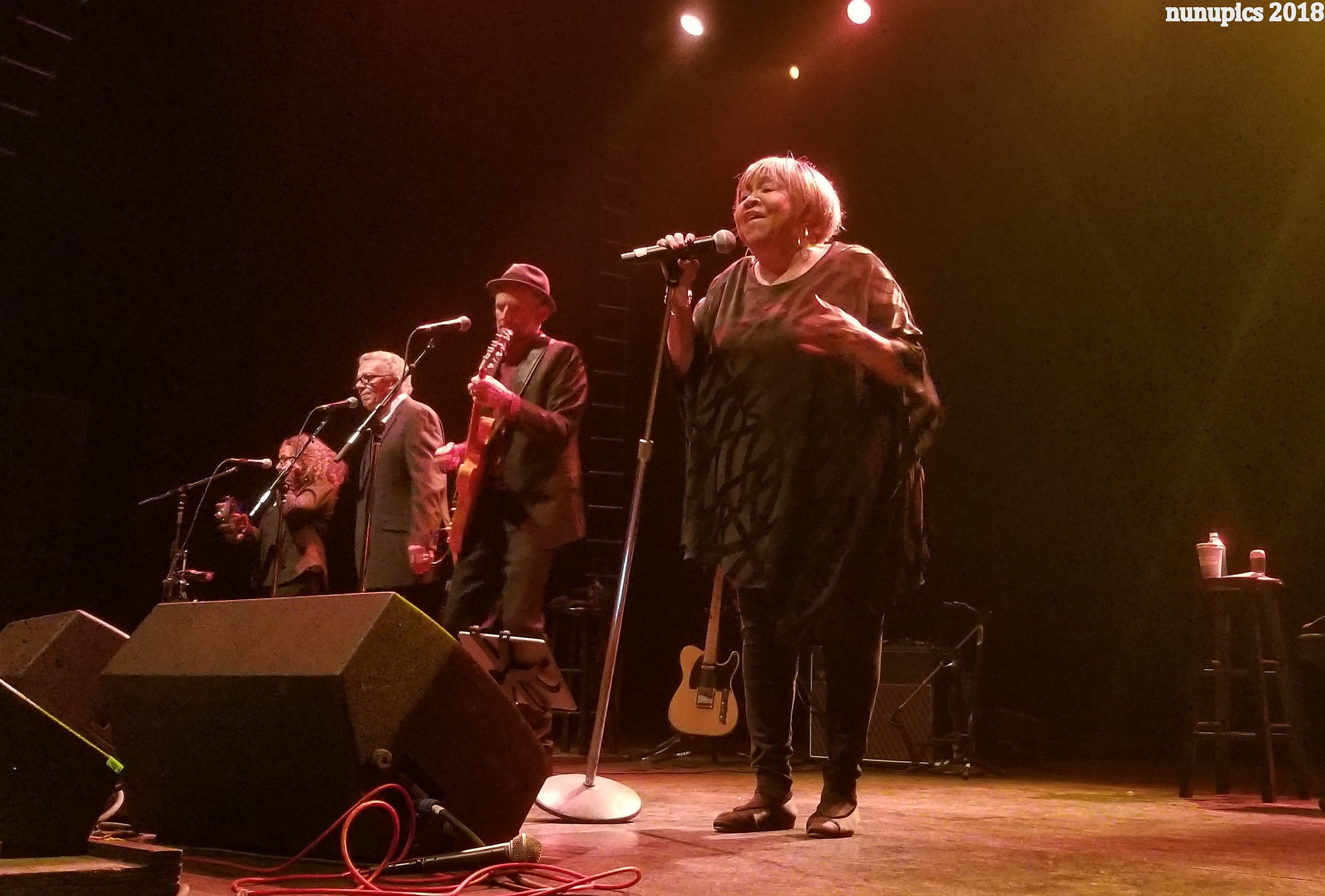 Photos / Video / Setlist | Mavis Staples Brings Star Power To The Vic