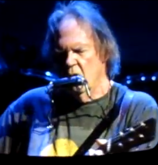 Review, Setlist, Stream, Download, Video: Neil Young & Crazy Horse, United Center, Chicago 10/11/12
