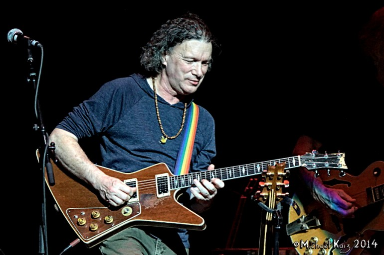 12__03-07-14_Bob-Weir-RatDog_Chicago-Theater_Photo-Credit-Michael-Kaiz